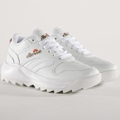 /achat-baskets-basses/ellesse-baskets-femme-felicie-el915471-white-bronze-172776.html