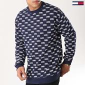 /achat-sweats-col-rond-crewneck/tommy-hilfiger-jeans-sweat-multi-logo-6052-bleu-marine-172747.html