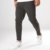 /achat-pantalons-carreaux/frilivin-pantalon-1560-gris-anthracite-172858.html