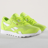 /achat-baskets-basses/reebok-baskets-femme-classic-nylon-color-cn7449-neon-lime-white-173482.html