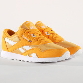 /achat-baskets-basses/reebok-baskets-femme-classic-nylon-color-cn7450-trek-gold-white-173483.html