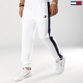 /achat-pantalons-joggings/tommy-sport-pantalon-jogging-avec-bandes-flag-0062-blanc-bleu-marine-173443.html
