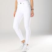 /achat-jeans/noisy-may-jean-skinny-femme-lexi-blanc-174421.html