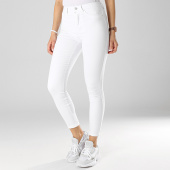 /achat-jeans/only-jean-skinny-femme-royal-blanc-174637.html