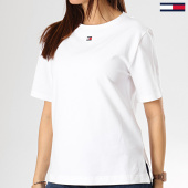 /achat-t-shirts/tommy-hilfiger-jeans-tee-shirt-femme-1307-blanc-174823.html