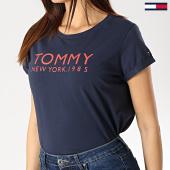 /achat-t-shirts/tommy-hilfiger-jeans-tee-shirt-femme-1310-bleu-marine-174824.html