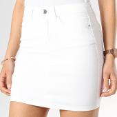 /achat-jupes/vero-moda-jupe-femme-hot-seven-blanc-174856.html