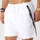 /achat-maillots-de-bain/calvin-klein-short-de-bain-avec-bandes-drawstring-0285-blanc-175723.html