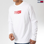 /achat-t-shirts-manches-longues/tommy-hilfiger-jeans-tee-shirt-manches-longues-logo-5661-blanc-175736.html