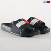 /achat-claquettes-sandales/tommy-hilfiger-jeans-claquettes-flag-em0em00284-bleu-marine-175794.html