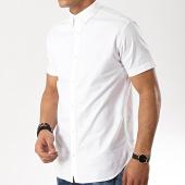/achat-chemises-manches-courtes/jack-and-jones-chemise-manches-courtes-logo-stretch-blanc-176314.html