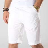 /achat-shorts-chinos/petrol-industries-short-chino-501-blanc-176365.html