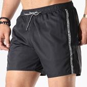 /achat-maillots-de-bain/emporio-armani-short-de-bain-a-bandes-211740-9p420-noir-176531.html