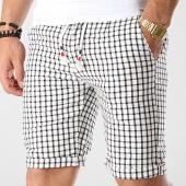 /achat-shorts-chinos/mtx-short-a-carreaux-ww-5266c-blanc-noir-176735.html