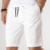 /achat-shorts-chinos/petrol-industries-short-chino-523-blanc-176736.html
