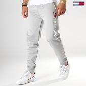 /achat-pantalons-joggings/tommy-sport-pantalon-jogging-vertical-logo-0071-gris-chine-177773.html