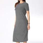 /achat-robes/vero-moda-robe-femme-ava-noir-blanc-177674.html