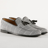 /achat-chaussures/classic-series-mocassins-300-white-black-177997.html