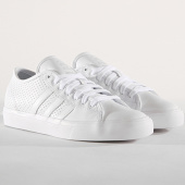 /achat-baskets-basses/adidas-baskets-matchcourt-rx-db3555-core-white-light-solid-grey-footwear-white-178320.html