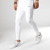 /achat-pantalons-joggings/gianni-kavanagh-pantalon-jogging-gkg001216-blanc-178412.html