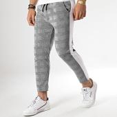 /achat-pantalons-carreaux/aarhon-pantalon-carreaux-avec-bande-blanche-18-228-3-gris-noir-178548.html