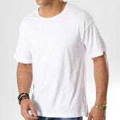 /achat-t-shirts/emporio-armani-tee-shirt-211812-9p460-blanc-argente-178613.html
