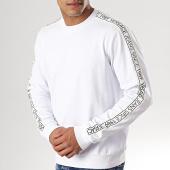 /achat-sweats-col-rond-crewneck/versace-jeans-sweat-crewneck-avec-bandes-logo-tape-b7gtb7f9-13850-blanc-noir-178792.html