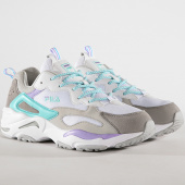 /achat-baskets-basses/fila-baskets-femme-ray-tracer-1010686-02d-white-violet-tulip-blue-curacao-179324.html