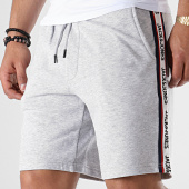 /achat-shorts-jogging/jack-and-jones-short-jogging-avec-bandes-vision-gris-chine-179540.html