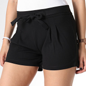/achat-shorts-jogging/only-short-femme-curley-noir-179418.html