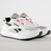 /achat-baskets-basses/reebok-baskets-bolton-essential-dv5640-white-skull-grey-black-neon-179516.html