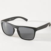 /achat-lunettes-de-soleil/jack-and-jones-lunettes-de-soleil-pirma-noir-180007.html