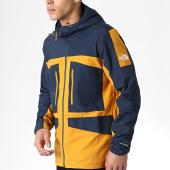 /achat-coupe-vent/the-north-face-coupe-vent-fantaisy-ridge-3bp9-jaune-moutarde-bleu-marine-179949.html