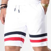 /achat-shorts-jogging/lbo-short-jogging-avec-bandes-bleu-et-rouge-671-blanc-180288.html