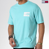 /achat-t-shirts/tommy-hilfiger-jeans-tee-shirt-script-flag-6479-bleu-clair-180415.html
