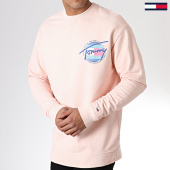 /achat-sweats-col-rond-crewneck/tommy-hilfiger-jeans-sweat-crewneck-light-washed-6602-rose-180423.html