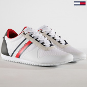 /achat-baskets-chaussures/tommy-hilfiger-jeans-baskets-essential-modern-mesh-runner-fm0fm02270-white-180490.html
