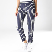 /achat-pantalons-carreaux/only-pantalon-femme-star-bleu-marine-blanc-181072.html
