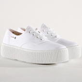/achat-baskets-basses/victoria-baskets-femme-1116100-white-180959.html