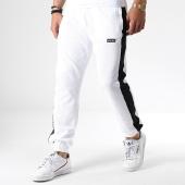 /achat-pantalons-joggings/wrung-pantalon-jogging-avec-bandes-tech-blanc-noir-180984.html