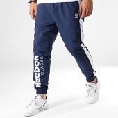 /achat-pantalons-joggings/reebok-pantalon-jogging-a-bande-classic-fi6473-bleu-marine-181470.html