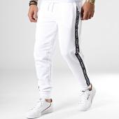 /achat-pantalons-joggings/tommy-hilfiger-jeans-pantalon-jogging-a-bandes-track-0706-blanc-181865.html