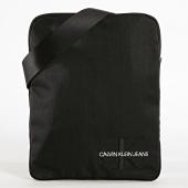 /achat-sacs-sacoches/calvin-klein-sacoche-monogram-nylon-flatpack-4730-noir-182453.html