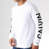 /achat-t-shirts-manches-longues/calvin-klein-tee-shirt-manches-longues-institutional-back-print-0404-blanc-noir-182528.html