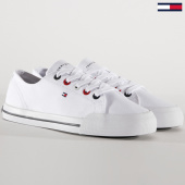 /achat-baskets-basses/tommy-hilfiger--baskets-essential-4139-blanc-182546.html