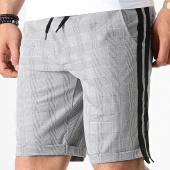 /achat-shorts-jogging/mackten-short-jogging-a-carreaux-avec-bandes-30001-gris-noir-182877.html