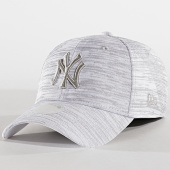 /achat-casquettes-de-baseball/new-era-casquette-femme-9forty-engineered-fit-new-york-yankees-gris-chine-182740.html