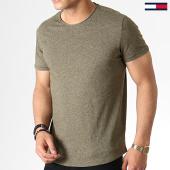 /achat-t-shirts/tommy-hilfiger-jeans-tee-shirt-essential-jaspe-4792-vert-kaki-chine-182809.html