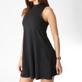 /achat-robes/urban-classics-robe-femme-tb1900-noir-182632.html