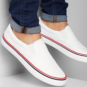 /achat-baskets-basses/brave-soul-baskets-skate-retro-blanc-183219.html